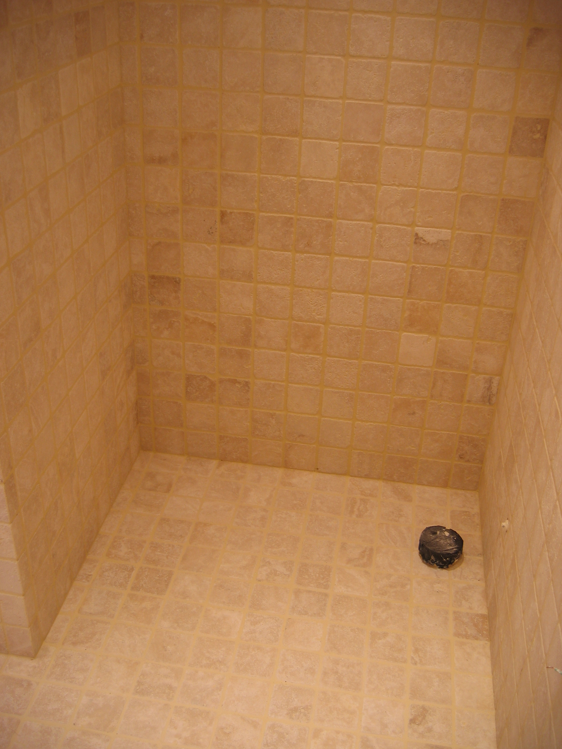 Carrelage pierre naturelle salle de bain interesting for Salle bain pierre